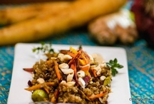 Quinoa Dinner Recipes / A collection of quinoa dinner recipes I look forward to trying. If you happen to make one of these quinoa dinner recipe ideas, please let me know if you like it by giving it a 'thumbs up' or a 'thumbs down'. Thanks.