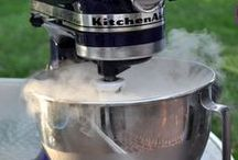 """Recipes / Become a dry ice """"Top Chef"""" with these cool recipes"""