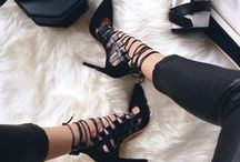 Shoe Addiction :) / by paü