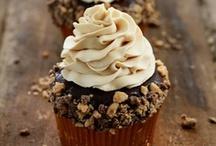 Cupcakes / by Kimberly Auzins