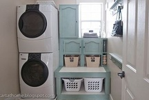 Home | Laundry Room Envy / I love a multi-functional, well dressed laundry room filled with the smell of fresh washed clothes and sunshine.