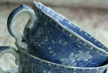 Teacup Mania  / by Julia