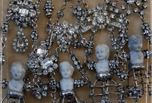 Jewelry Tutorials / by Karen Bumstead