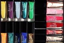 Nail Inspirations / nail polishes, nail design, nail art / by Alena Nguyen