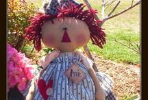 Dolls / by Carmen Rivera