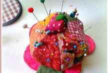 Pincushions / by Carmen Rivera