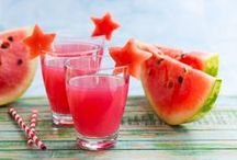Smoothies, Juices and Drinks / by Sharon Olliffe
