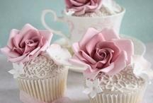 Mini Cakes/ CupCakes / by Brenda Tanner