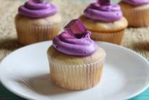 Baking Cupcakes/Muffins / everything to do with baking cupcakes and muffins