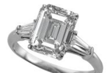 Engagement Rings / by WEDDINGRINGS.COM