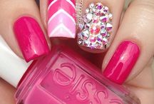 Nails / Nail colors and designs I love! / by Beth Hertog