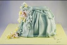 Cake Handbags/Luggage / novelty cakes based cake on the theme of  handbags bags luggage and suitcases