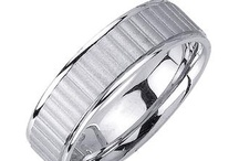 Fluted  / by WEDDINGRINGS.COM