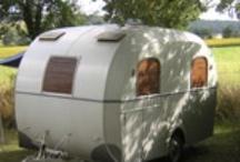 Vakantie-adresjes / Board met kleine, gemoedelijke campings en bijzondere vakantie-adresjes. Pin hier de plekken waar je naar toe wilt of die je kunt aanbevelen. Graag ook even aangeven of je er zelf al geweest bent, dan weten we of het echt een aanrader is!