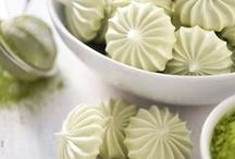 """Aquafaba! Ⓥ / Recipes made with chickpea water aka """"Aquafaba"""" - Which is the most amazing vegan egg white replacer! Recipes for meringues, macarons & more!"""