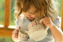 Teezeit / Happy Kidz - Kleine Möbel zu winzigen Preisen. Mehr rund um Kindergartenbedarf und Kindergartenmöbel findest du unter www.happy-kidz.com.