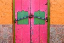 Doors, knobs and knockers ***