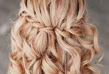 Frisuren ♥ Wundercurves / Neben Mode, Fashion und Beauty hat die Frisur einer Frau einen übergeordneten Stellenwert. Finde hier Tipps und Tricks für Frisuren für runde Gesichter:  http://www.wundercurves.de/magazin/a/frisurtipps-fuer-runde-gesichter