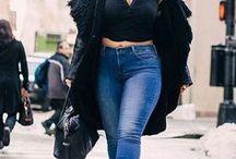 New York Style ♥ Wundercurves / Der casual New Yorker Streetstyle lässt sich ganz einfach nachkreiren. Finde jetzt die passenden Basics im Wundercurves-Shop für den perfekten Plus-Size City-Look!