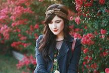 Capsule Wardrobe - Spring / Fun, Patterns, Layers, Florals