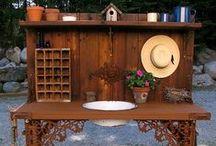 Garden  Ideas / by Rachel Guillotte