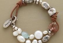 Beaded Jewelry / by Kathie Spargo