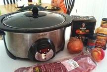 Crockpot & Freezer Meals / by Aimee Hill-Huffman