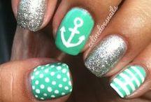 {i like} Nails / by Liesa Stadhouders