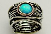 Love this. Jewelry. / by Sydney Wilder