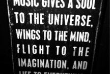 believe in the freedom of music... / by Danielle Gravina
