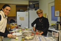 Eat to Thrive! / Paule Attar has launched a community service project that teaches people how to cook nourishing food that is simple, delicious and easy to make.
