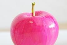 Pink / by Jessie Breakwell Gallery