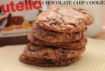 Cookies / Find the best Cookie Recipes on Pinterest Here. Chocolate Cookies, Nutella Cookies, Sugar Cookies, Peanut Butter Cookies and more!