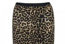 Pencil Skirts / Show off your curves in style in a pencil skirt! x