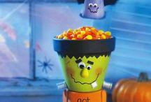 Halloween / Halloween food, drinks, crafts and treats
