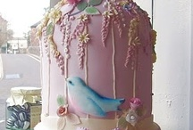 Wow, can you believe that's a CAKE! / by Rachel Glancy