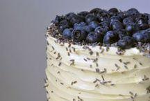 Yum: Dessert / by Rebecca Calvert