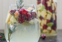 Yum: Drinks / by Rebecca Calvert