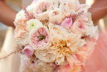 Wedding Bouquets ♥ / Wedding Bouquets  / by Julia