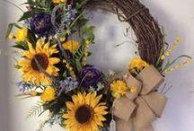 Wreaths / by Dodie Costello