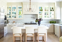Kitchens / by Tracy Stout
