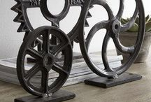 T-N-T Metal Inspiration / The iron scrap pile has unlimited design possibilities and potential for extra income.