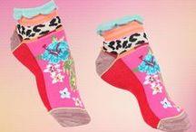 Collection Printemps/Été 2016 Dub and Drino / Ici vous retrouvez toute la collection Printemps / Été 2016 de Dub et Drino.  Une collection pleine de couleurs et fantaisie, cela passe du motif zébré aux fleurs bleu.   #Dubanddrino #dubetdrino #socks #happysocks #chaussettes #mode #femme #lady #women
