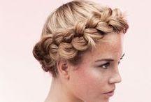 DIY: Haare & Beauty / Beauty, hair and wellness tutorial / Hier dreht sich alles rund um DIY Beauty. Lass Dich von originellen Frisuren inspirieren, hol Dir angesagte Beauty Hacks und erfahre mehr darüber, wie Du Kosmetik selber herstellen kannst.