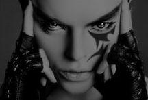 Make up & Shadows / by Leslie France