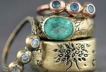 Jewellery Lust / by Leisa Cearr