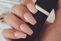 Polished / nails