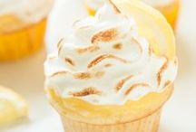 Cupcakes / Beautiful and delicious cupcakes for any occasion!
