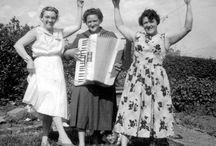 Mama's got a squeezebox / Everything you ever wanted to know about women who play the accordion, but were afraid to ask.