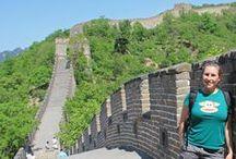 China / Als je een bestemming zoekt waar je je reis pittiger kunt maken, dan ben je tijdens je rondreis China aan het juiste adres. Of het nu de sprinkhanen op je bord zijn of de hike op een stukje onbekende Chinese Muur: een uitdaging vind je overal. Blus je avonturen af met een ontspannen verblijf tussen de Karstbergen. Waar doe jij wat sambal bij? Meer reisinspiratie voor een individuele rondreis vind je op www.chinaonline.nl. We nemen je graag mee!